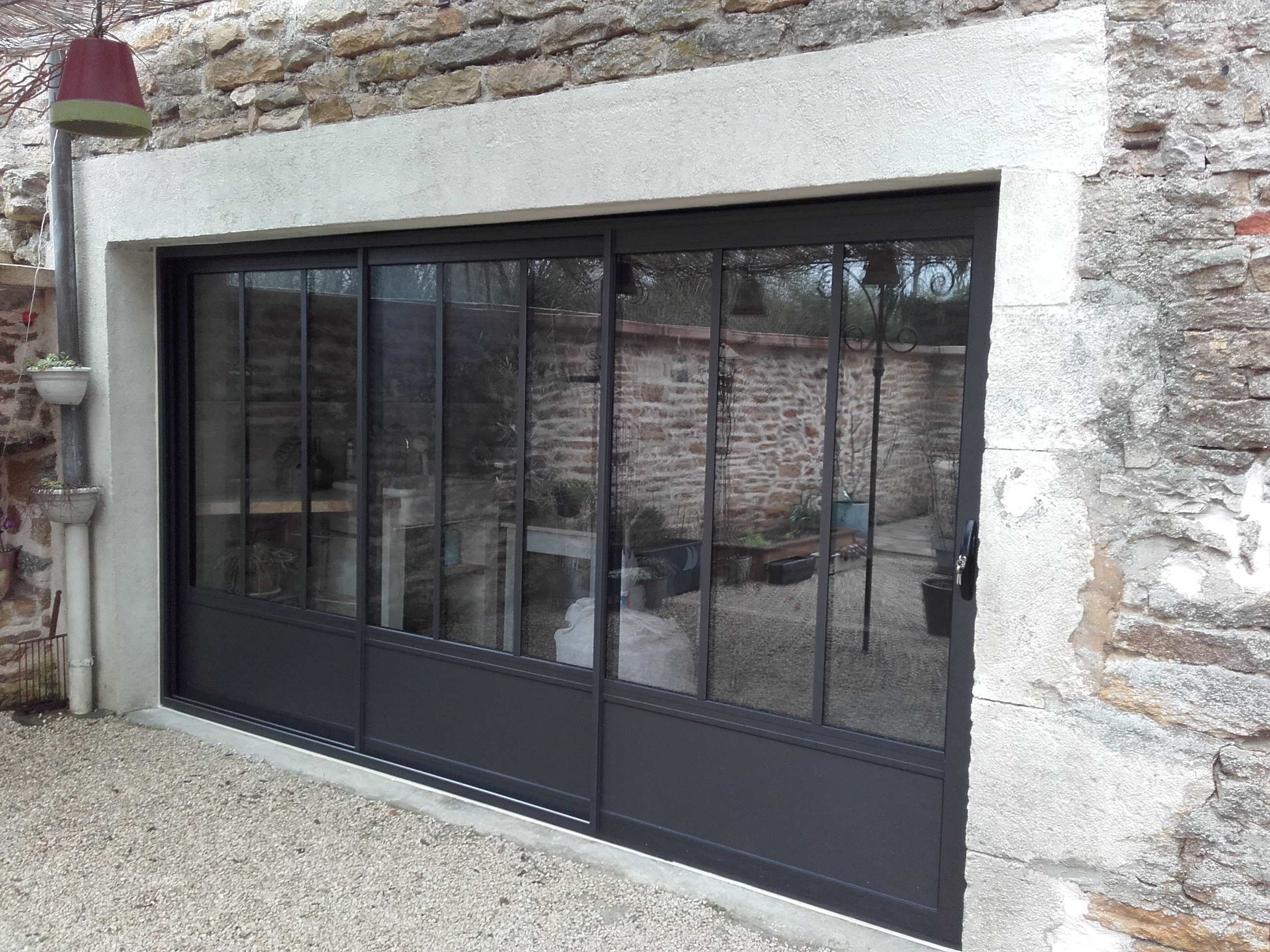 Baies vitrées aluminium style atelier